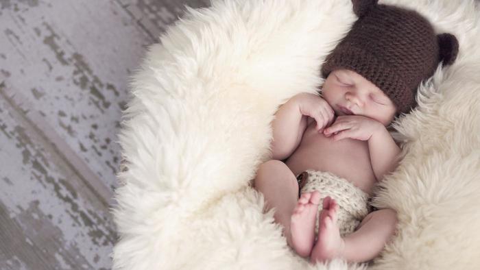 Tips Memilih Pakaian Bayi Perempuan