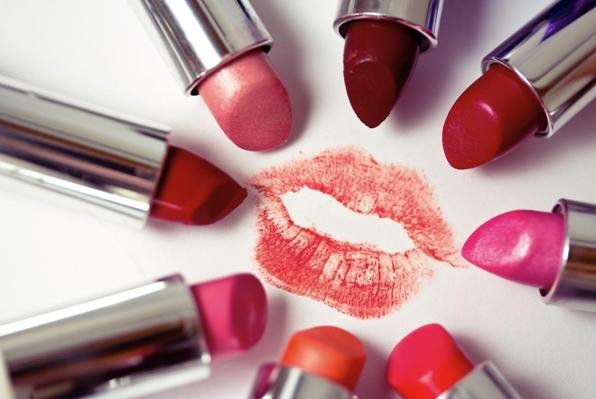 Ini Dia Tips untuk Memilih Warna Lipstik yang Sesuai dengan Kulitmu